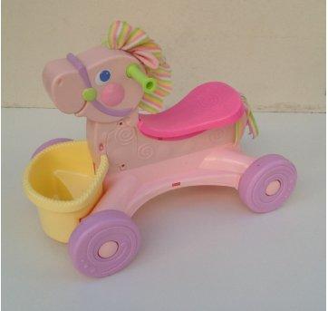 Brinquedo Cavalinho Musical Com Cestinha FISHER PRICE